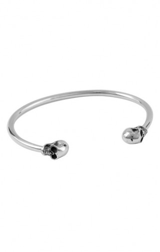 KB Ss Classic Thin Cuff With Skulls Ends