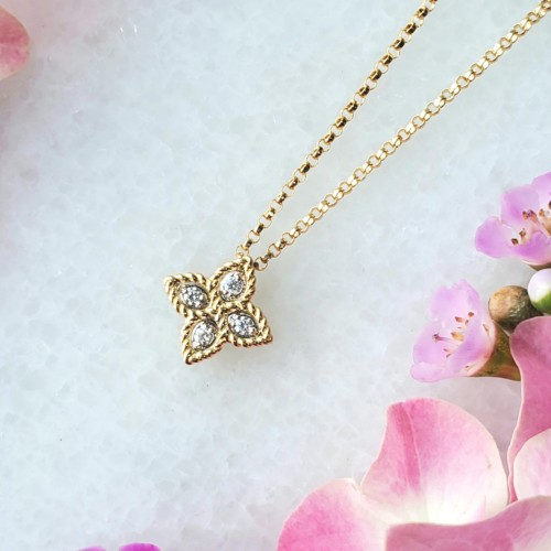 Roberto Coin  Yellow Gold Small Diamond Princess Flower Necklace