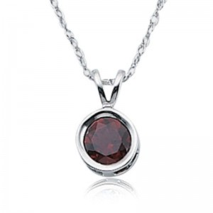 Pd Collection Ss Red Garnet Necklace