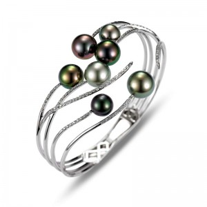 Mastoloni 18KWG 8-10MM TAHITIAN PEARL BRACELET WITH .52TCW DIAMONDS